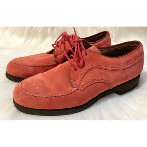 NWOB HUSH PUPPIES suede oxfords